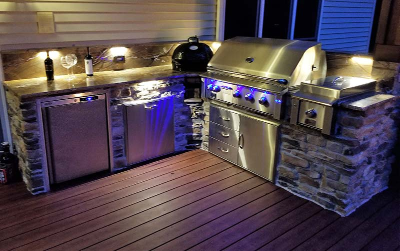 Outdoor Kitchen Photos | Custom Kitchens | Big Green Egg | Outdoor Grills